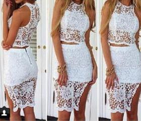 Sexy lace sleeveless..