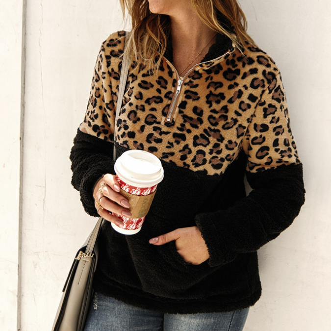 Design Long Sleeve Leopard Stitching Sweater
