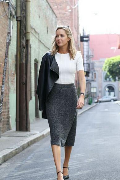 SLIM KNIT PACKAGE HIP SKIRT